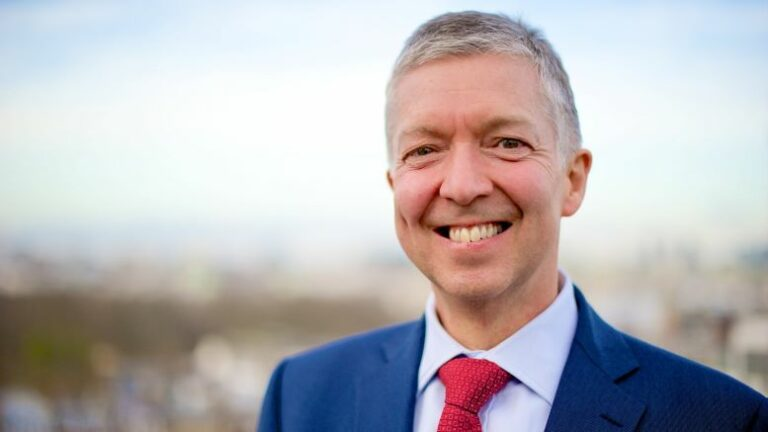 Mike Brown to step down as London Transport Commissioner
