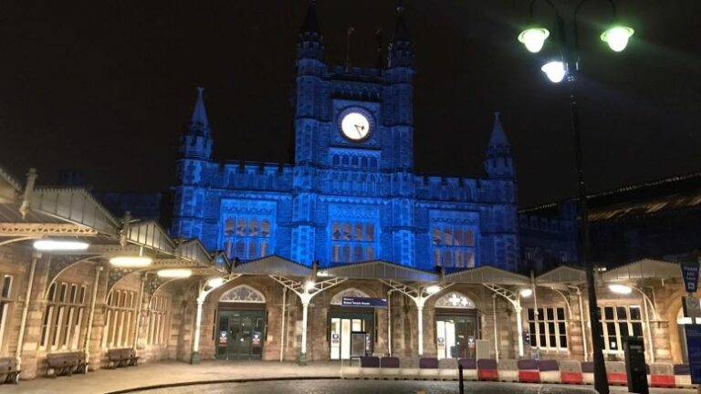 Bristol Temple Meads turns blue to celebrate NHS