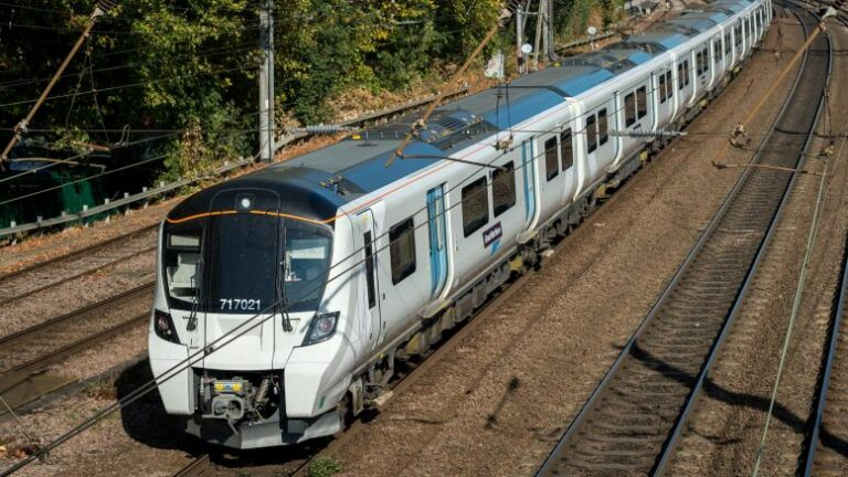 New timetable as Thameslink, Southern and Great Northern reintroduce some services
