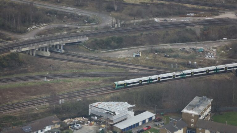 Railway bottleneck at East Croydon could be removed by 2024