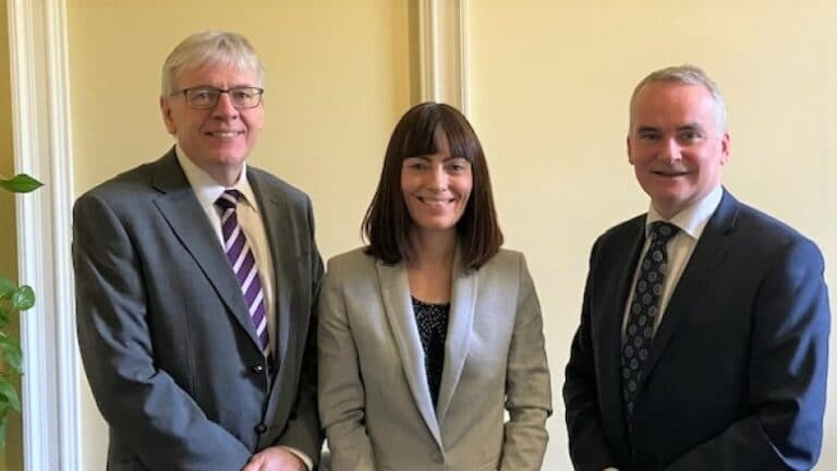 New Translink chairman meets with Minister to discuss public transport in Northern Ireland