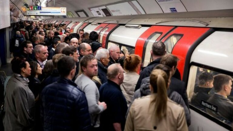 Making London Underground 'driverless' is financially unjustifiable, TfL report states