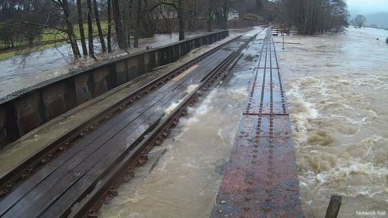 Welsh bridge raised to clear floodwater